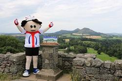 Tour of Britain mascot at Scott's View with the trophy